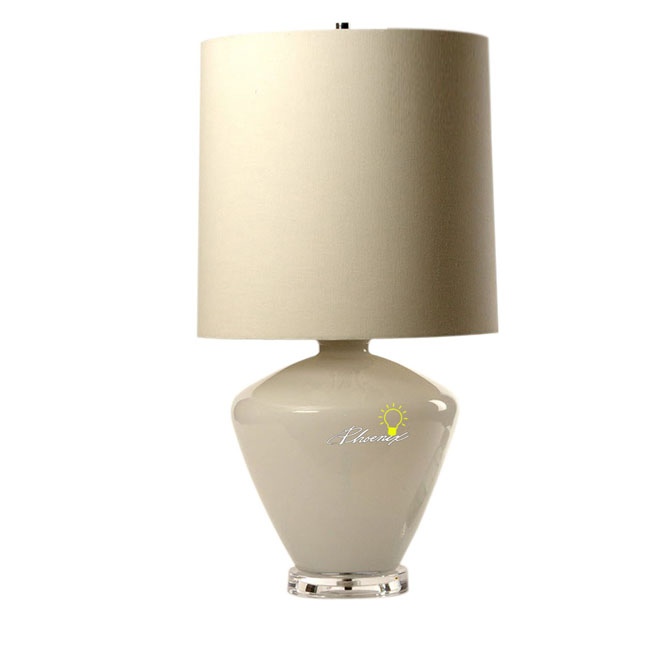 Modern Simple Fabric and Glass Table Lamp 8688
