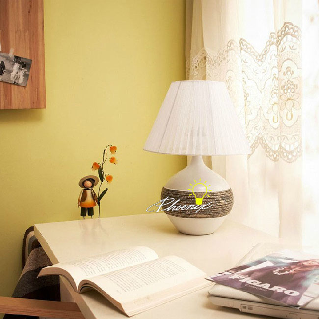 Ceramic and Fabric Table Lamp 8813