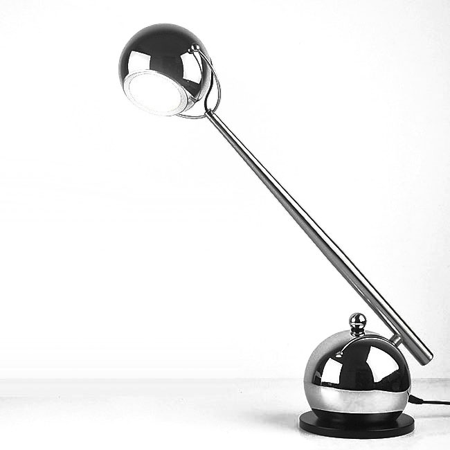 Modern Metal LED Table Lamp in Chrome Finish 10626