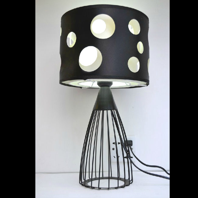 Modern Fabric and Iron Art Table Lamp 10791