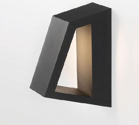 Bold Wall Sconce 15334